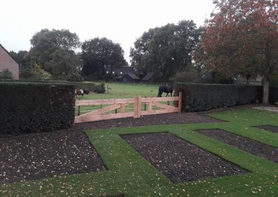 Inclusief nieuwe houten hek