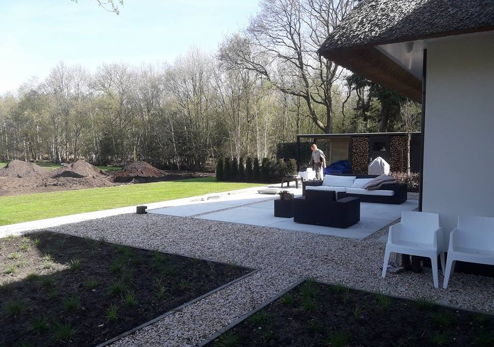 Complete tuinontwerp en -aanleg in Oranjewoud